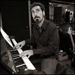 Серж Танкян представит сольный альбом в Москве